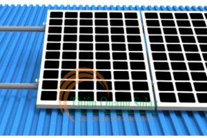 Chân tạo độ nghiêng cho tấm pin năng lượng mặt trời