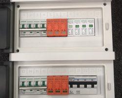 Tủ điện năng lượng mặt trời gồm những gì?